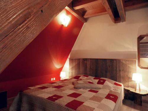 Chambre rouge gîte «Coté Grange»