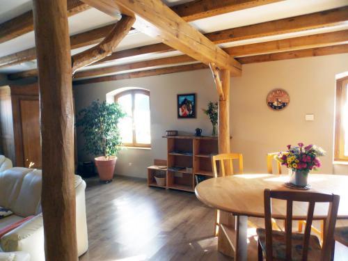 Salle à manger gîte «Coté Grange»